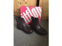 FitFlop Ladies Leather ankle boots