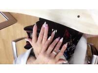 Lee's nail