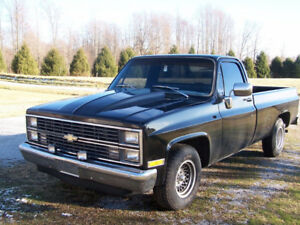 WANTED TO BUY CHEVY SCOTTSDALE PICK UP TRUCK