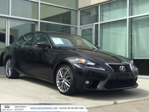 2016 Lexus IS 300 AWD/BACK UP/SUN ROOF/HEATED SEATS