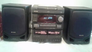 AIWA 3CD DOUBLE CASSETTE,RADIO,ALMOST NEW