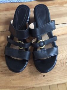 Naturalized sandals