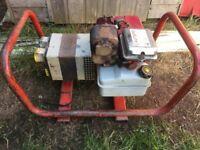 Briggs and Stratton 2.2Kv 110v + 240v Petrol Generator