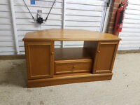 Solid Wooden TV Cabinet/Unit