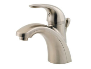 Pfister Parisa LG42AMCK Bathroom Faucet/Tap