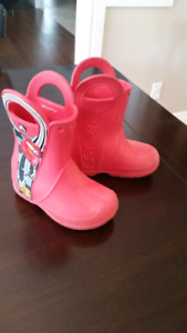 Croc Rainboots Size 8 (toddler)