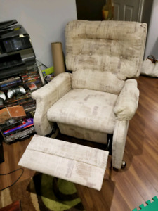 Vintage La-z-boy style recliner chair
