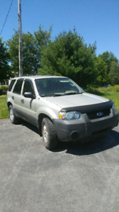 2005 ford escape forsale
