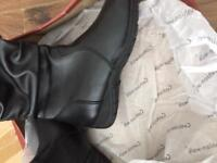BRAND NEW BOOTS Size 4 Comfort fit.