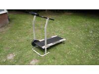 Treadmill / Home running machine