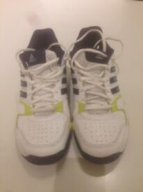 Adidas Tennis Shoes Boys/Mens size UK 6