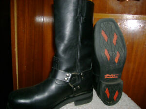 NEW- HARLEY DAVIDSON STEEL TOE BOOTS- FOR SALE
