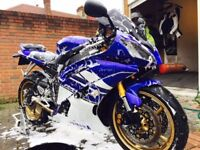 Yamaha R6 13s 2011 Well looked after, loads of extras