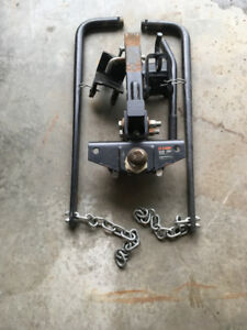 Weight Distribution Hitch - Curt - 14000lbs