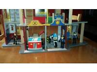 Police / Fire Station play Set