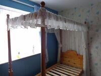 SINGLE FOUR POSTER BED
