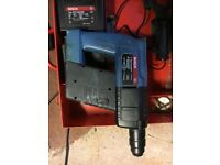 BOSCH GBH24V working cannot gurentee batteries, includes 2 batteries and charger--------------------