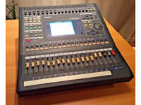 YAMAHA 03D Digital Mixing Desk + I/O ADAT Optical Card VERY LITTLE HOME USE ONLY PERFECT CONDITION