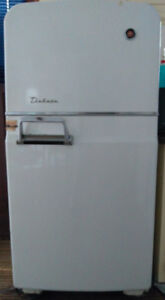 Refrigerator - for free - located in Sauble Beach