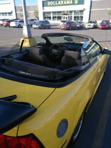 Voiture mustang 1999 convertible