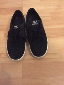 Size 7 Supras