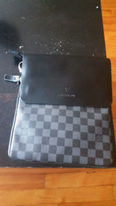 Louis Vuitton Bag (with shoulder strap)