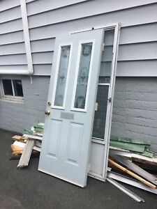 "32"" door including lock set."