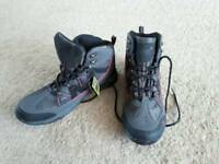 Men's size 11 Gelert outdoor boots