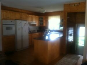 Beautiful house for sale in Radium HUGE garage!