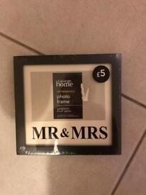 Brand new Mr and Mrs frame