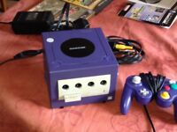 Nintendo Game Cube with 4 games limted edition Zelda Wind Waker ,one memcard and one controller