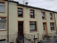 Ogmore Vale - 2 Bed Maisonette to rent, newly decorated throughout
