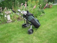 SET GOLF CLUBS AND BAG WITH TROLLEY