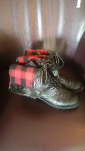 Ladies size 7 fashion boots.