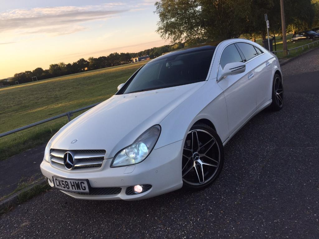 2009 mercedes cls 320 cdi pearl white swap part ex in poole dorset gumtree. Black Bedroom Furniture Sets. Home Design Ideas