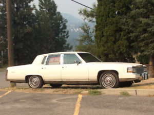 $3800 - GREAT DEAL - 1991 Cadillac Brougham Sedan - PLEASE PHONE