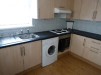Newly redecorated 5 bedroom house on Tewkesbury Street available now