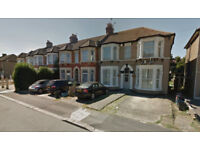 2 Bedroom first floor flat on Wellwood road, Goodmayes, DSS welcome with Guarantor