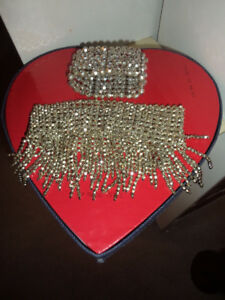 brand new sparkly silverly stretch wide choker and stretch brace