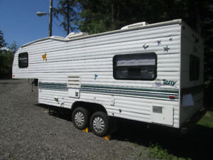 Roulotte Fifth Wheel Terry 21 pied
