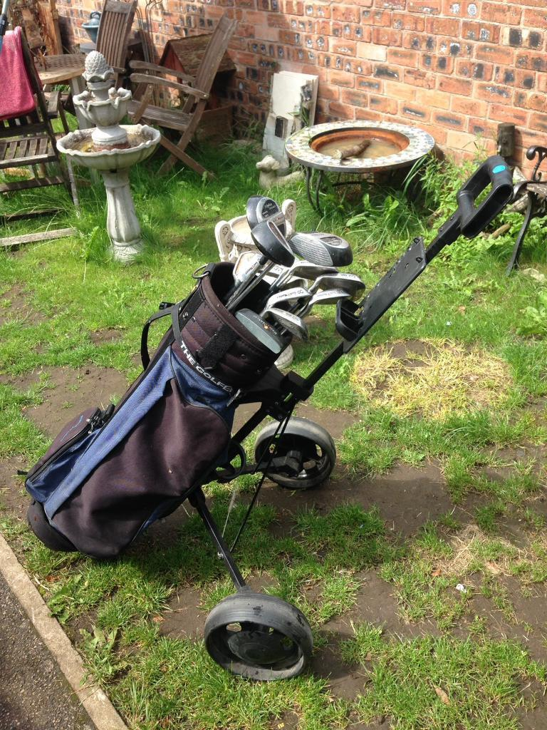 Alpha Golf Master Full Golf Club Set And Trolleyin Harpurhey, ManchesterGumtree - Alpha Master Right Handed Golf Club SetFull adult sized set consists of 3,4,5,6,7,8,9 IronsPW & SWPutter1.3.5 DriversAnd matching alpha master Bag With foldable Golf TrolleyGolf clubs are all in good conditionThe bag has a rip to one of the pockets (...