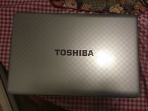 "BEST OFFER 17.6"" Toshiba Notebook Laptop"