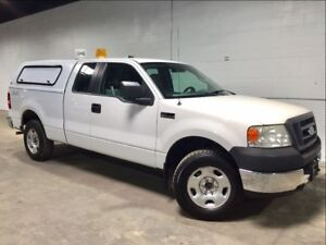 2005 Ford F-150 4X4! MATCHING CAP! ONE OWNER!