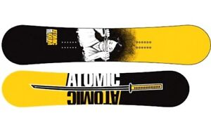 Atom Axum w/ Bindings Never Road Brand new