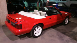1992 Ford Mustang Convertible Summer Special