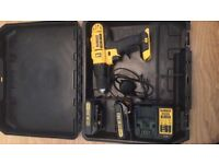 Dewalt 18V (dcd776) brand new used only 3 times comes with 2 battery and a charger.