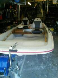 Dell quay dory 13 ft boat