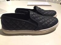 Steve Madden Black Leather Slip on Sneakers UK5.5
