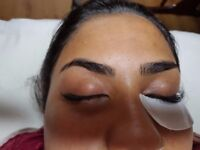 Individual and Volume eyelash extensions