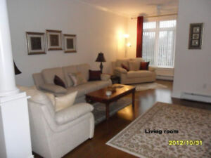 Sep.1: Gorgeous Condo: Utilities, Bathroom, Furnished and MORE!